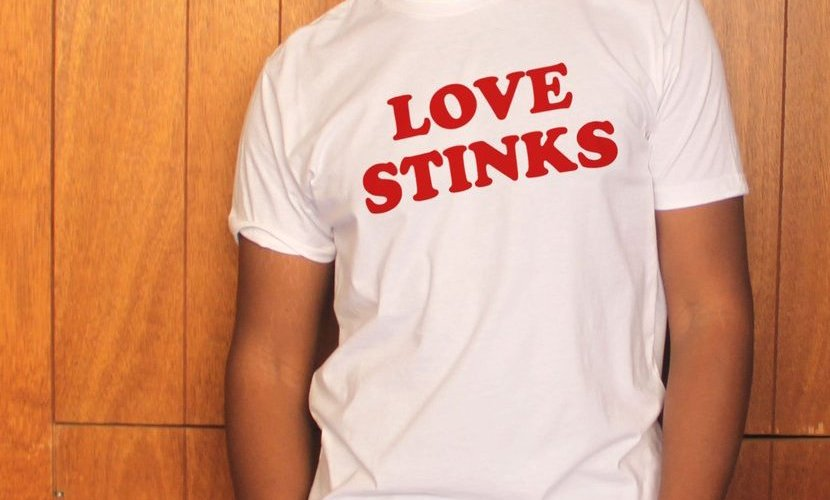 40849003a46db Sublime Gadgets: Love Stinks Tee